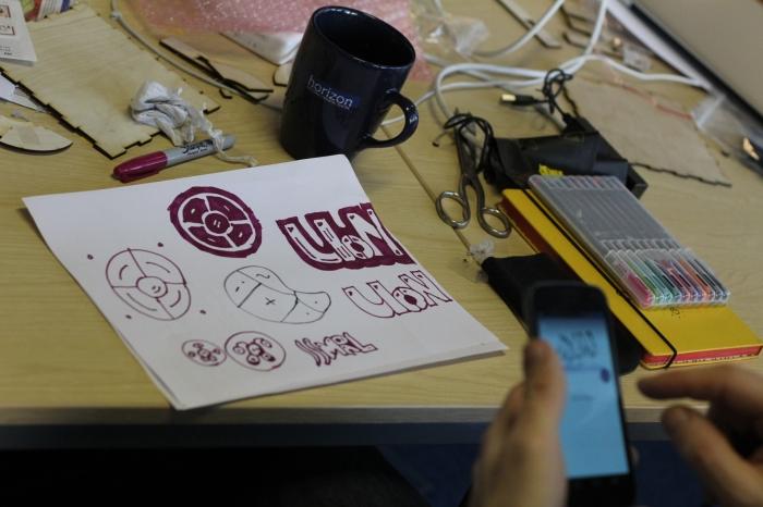 sketching-dbox-artcodes